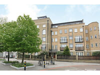 A Superb 3 Double Bedroom, Two-Bathroom Apartment In A Private Development Near Clapham
