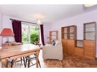 A place to cherish! Beatiful 2 bed garden house in Cul-de-sac of Arundel Close, SW11