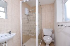 A spacious double studio flat to rent along cosmopolitan West End Lane.