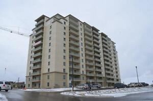Fallowfield Towers III - The Balsam Apartment for Rent Kitchener / Waterloo Kitchener Area image 2