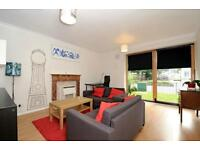 Thorburn Square - A spacious ground floor one bedroom flat to rent