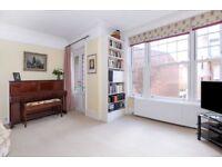 3 bedroom flat in Balmoral Road, Willesden, NW2