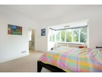 ** 5 Bed detached gated property in N3 **