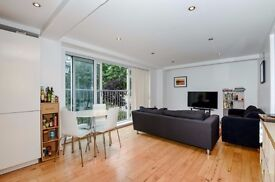 A bright & spacious three double bedroom modern apartment to rent, Leathermarket Street