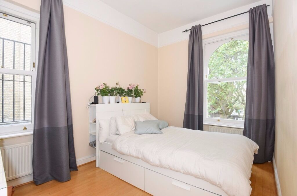 NO ADMIN FEE 2 bedHighbury New Park N5, £380pw perfect for couple, unfurnished available 23rd of Nov