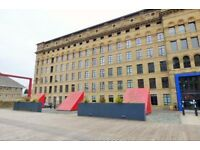 Silk Warehouse ***2 Bed Luxury Open Plan Apartment ***FIRST TIME BUYERS / INVESTORS ***NO CHAIN.
