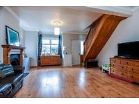 Burford Road - Three bed house with good transport links
