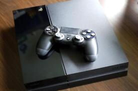 Ps4 500gb with controller and 1 game