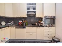 this spacious two double bedroom split level first floor period conversion