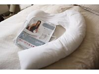DreamGenii maternity & nursing pillow