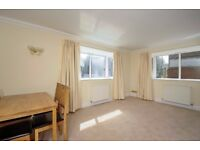 A spacious two bedroom two bathroom ground floor flat to rent in Regency Court