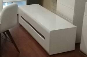 TV UNIT white gloss..A2 Malaga Swan Area Preview