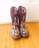 Girls BOGS boots - size 3