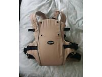 Clipsafe baby carrier / sling