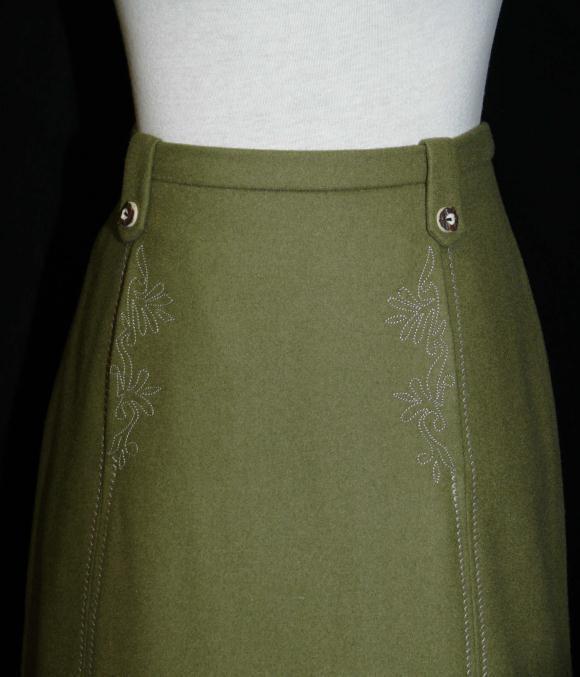 "Boiled WOOL Dirndl Trachten SKIRT STRAIGHT German Dress EMBROIDERED W28"" 10 M"