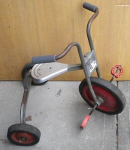 RETRO ANTIQUE MID CENTURY 1950'S VINTAGE TRICYCLE BY ANGELES