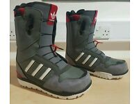 Adidas zx500 snowboard boots size 8.5 UK mint condition