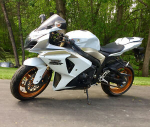 2009 Suzuki GSX-R 1000 Reduced price to sell!
