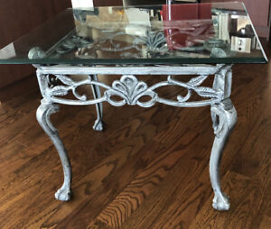 Gorgeous glass coffee table
