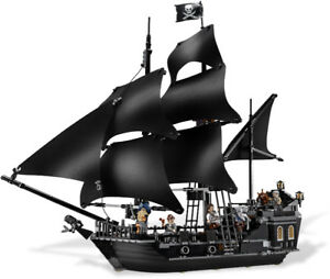 Lego Pirate Ships 2 of 3 – Black Pearl 4184