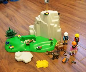 Playmobils château de chevaliers, escalade en montagne