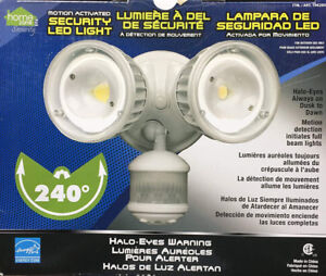HomeZone Motion Activated Security LED Light 240Degree Detection