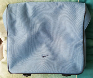 Nike Yoga Bag - EXCELLENT CONDITION