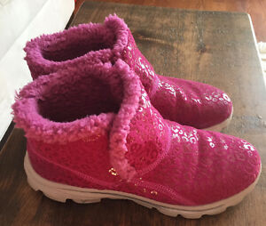 SKETCHER CHUGGA PINK WINTER BOOTS  NEW LOWER PRICE