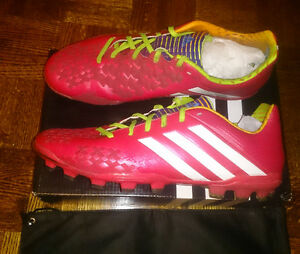 $259 Adidas Soccer cleats shoes Size 9 US Mint