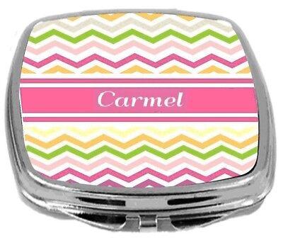 Carmel Spiegel (Rikki Knight Personalized Name Carmel Compact Mirror Pink Chevron Stripes NEW)