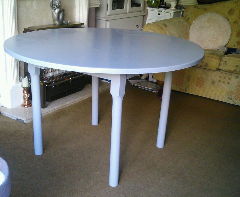 Solid Pine Round Dining Table In Heald Green Manchester Gumtree - Solid pine round dining table