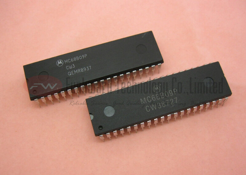 10pcs MC68B09P IC Motorola MC68B09