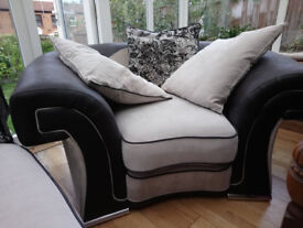 Comfortable, large ARMCHAIR plus three huge pillows extra free