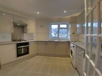2 Bed Flat in Loughton, Newly full-refurbished, walking distance from Underground stations