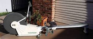rowing machine Tunturi R710 in excellent condition Belmont Lake Macquarie Area Preview