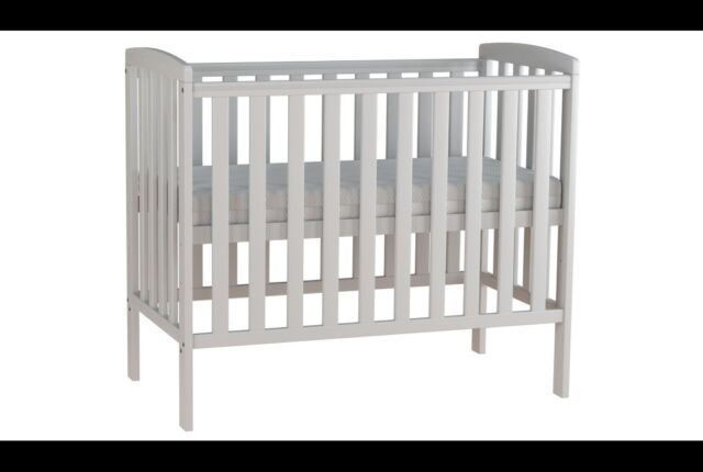 meet 9f942 34ab8 George Home Rafferty Compact Cot Bundle | in Leicester, Leicestershire |  Gumtree