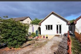 One bedroom detached bungalow for sale; garden, parking, spacious rooms & short walk to city centre