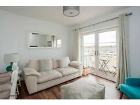 Beautifully Furnished, 2 Bedroom Harbourside Flat in Bristol