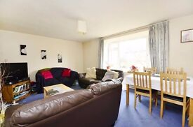 Lovely 3 bedroom flat to let close to East Putney station
