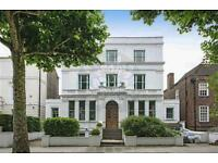 4 bedroom flat in Hamilton Terrace, St.Johns Wood