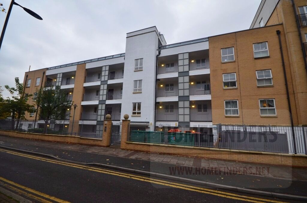 1 bedroom flat to rent in Windmill Lane, Stratford, E15