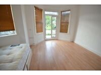 SELF CONTAINED STUDIO FLAT WITH GARDEN WALTHAMSTOW CENTRAL