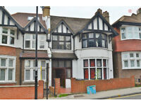 *Elegant and Well-Presented Six Bed Edwardian Semi-Detached House + Garden - £923.07p/w - Call Now!*