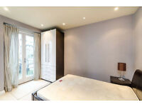 Stunning Double Bedroom-- Ensuite Double Room