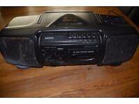 STUNNING VINTAGE SANYO MCD Z1L BOOMBOX STEREO RADIO CASSETTE CD RECORDER