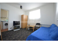 W3: ONE double bedroom flat (1st floor). DSS CONSIDERED