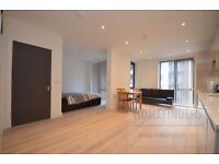 Studio Flat to rent in Glass Blowers House, Poplar, E14