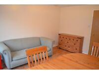 2 bed mid terrace house to rent in Bar Hill - available now!!! £795 pcm