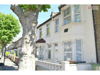 *Fantastic 4 Bedroom House + Garden Located in East Ham E6 1JW --- £426.92pw --- Available 05/07/17*