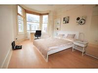 W14: Two Bedroom Flat in Brook Green